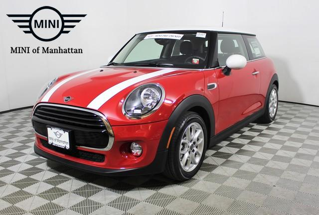 Pre-Owned 2019 MINI Hardtop 2 Door Cooper FWD